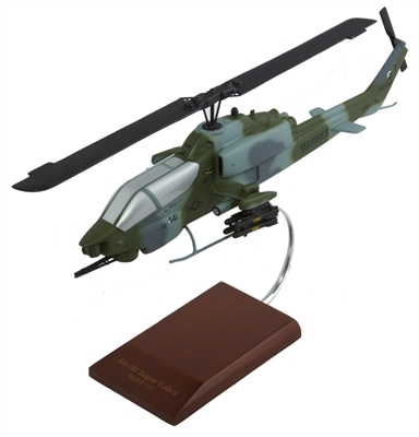 AH-1W Super Cobra chopper helicopter model