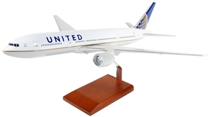 UNITED 777-200 1/100 POST CONTINENTAL MERGER