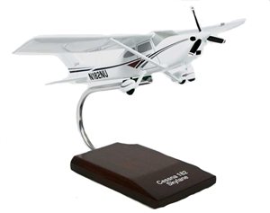 Cessna 182 airplane aircraft model