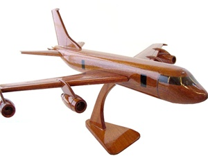 KC-135 Stratotanker airplane aircraft model